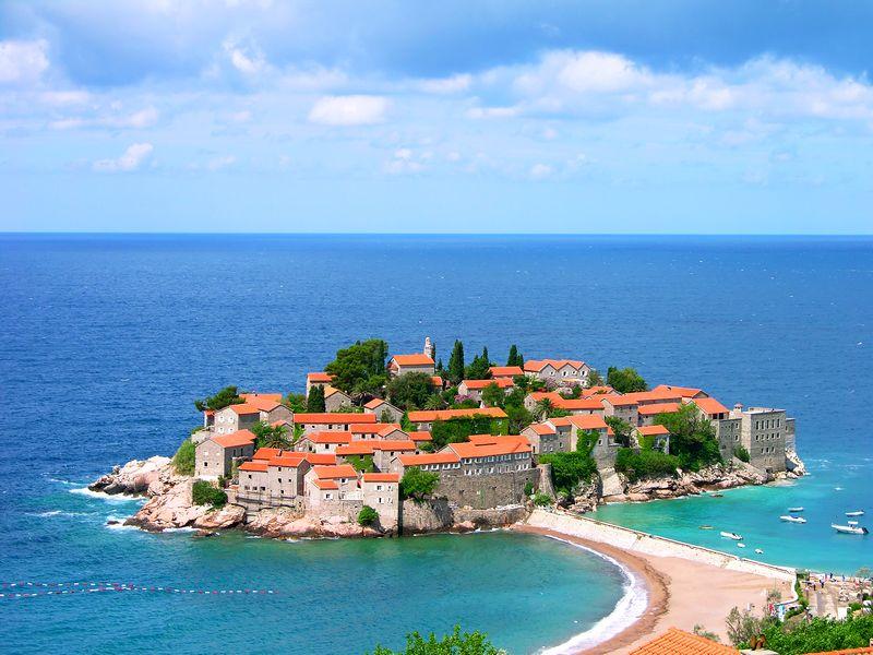 Odmorite se na plažama u Crnoj Gori