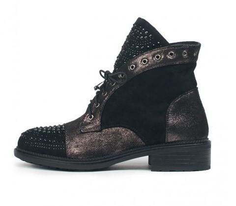 Za cipele je karakterističan i dodatak pete